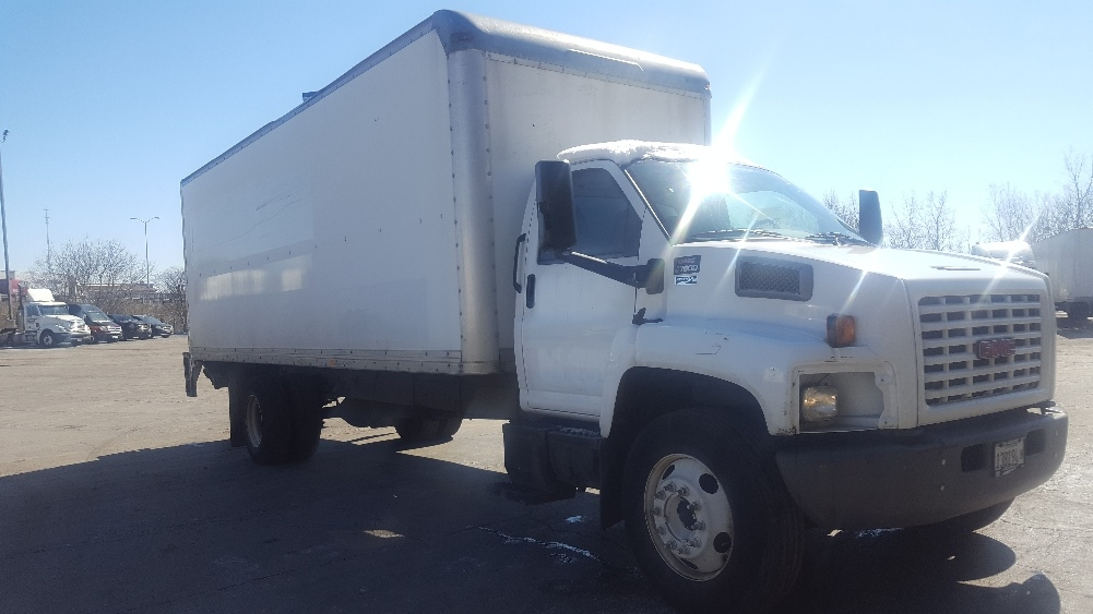 Medium Duty Box Truck-Light and Medium Duty Trucks-GMC-2005-C7C042-CHICAGO RIDGE-IL-232,964 miles-$6,500