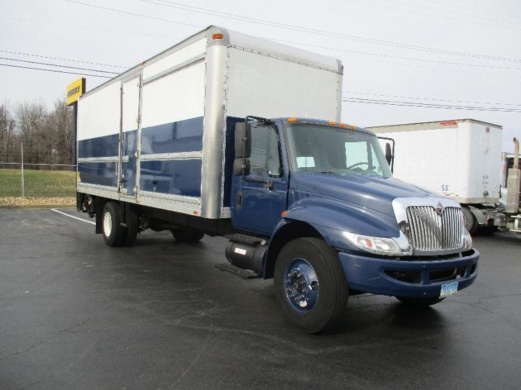 Medium Duty Box Truck-Light and Medium Duty Trucks-International-2006-4300-ESSEX-MD-310,468 miles-$16,000