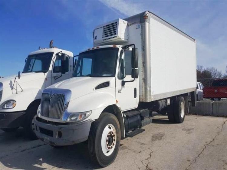 Reefer Truck-Light and Medium Duty Trucks-International-2004-4300-LOWELL-AR-206,364 miles-$6,500