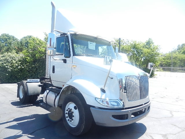 Day Cab Tractor-Heavy Duty Tractors-International-2011-8600-GREENSBORO-NC-363,236 miles-$12,750