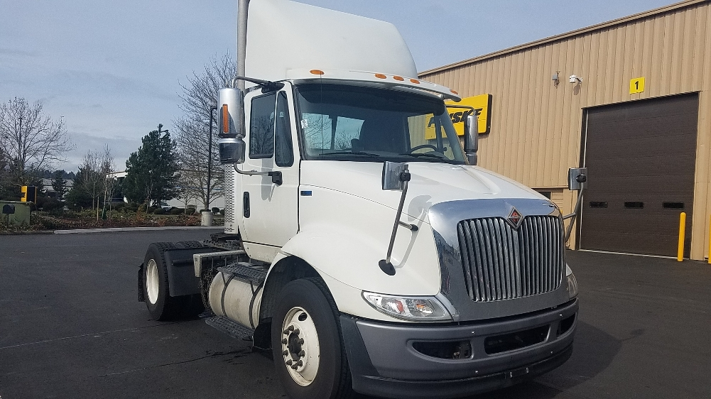Day Cab Tractor-Heavy Duty Tractors-International-2013-8600-KENT-WA-166,982 miles-$18,500