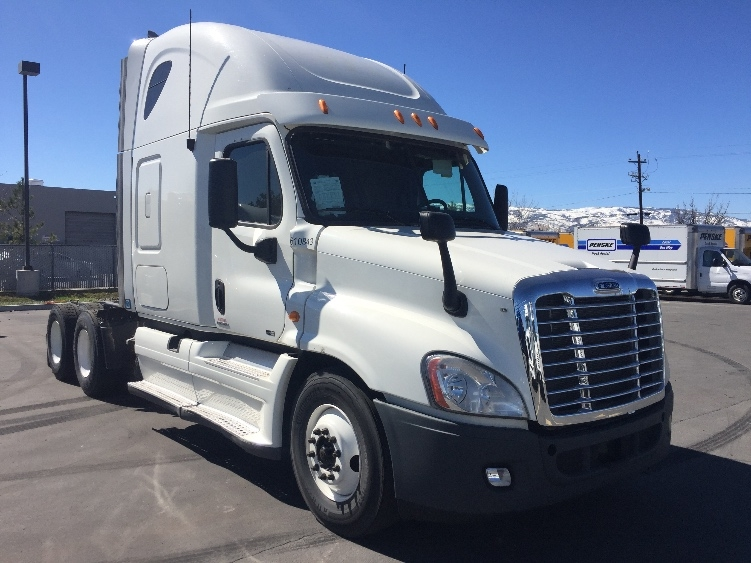Sleeper Tractor-Heavy Duty Tractors-Freightliner-2012-Cascadia 12564ST-SPARKS-NV-661,387 miles-$28,750
