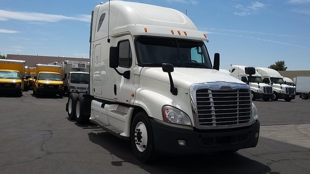 Sleeper Tractor-Heavy Duty Tractors-Freightliner-2012-Cascadia 12564ST-PHOENIX-AZ-651,924 miles-$31,000