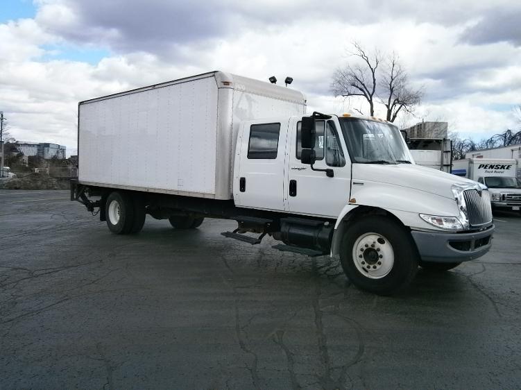 Medium Duty Box Truck-Light and Medium Duty Trucks-International-2009-4300-SCARBOROUGH-ON-176,341 km-$42,250