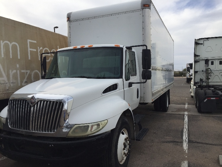 Medium Duty Box Truck-Light and Medium Duty Trucks-International-2005-4300-TUCSON-AZ-409,591 miles-$4,500