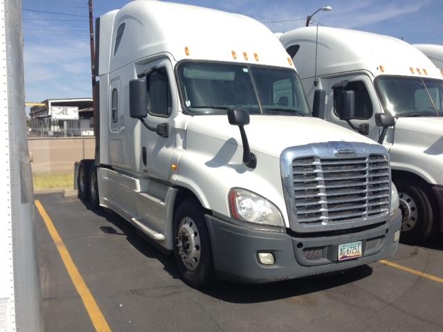 Sleeper Tractor-Heavy Duty Tractors-Freightliner-2014-Cascadia 12564ST-PHOENIX-AZ-636,683 miles-$46,000