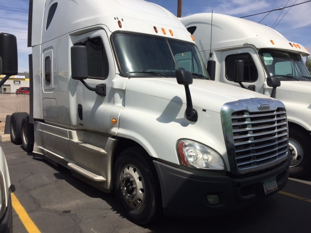 Sleeper Tractor-Heavy Duty Tractors-Freightliner-2014-Cascadia 12564ST-PHOENIX-AZ-741,391 miles-$44,000