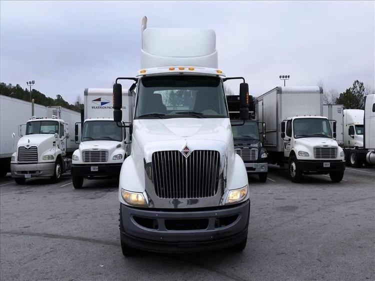 Day Cab Tractor-Heavy Duty Tractors-International-2013-8600-ATLANTA-GA-134,469 miles-$24,250
