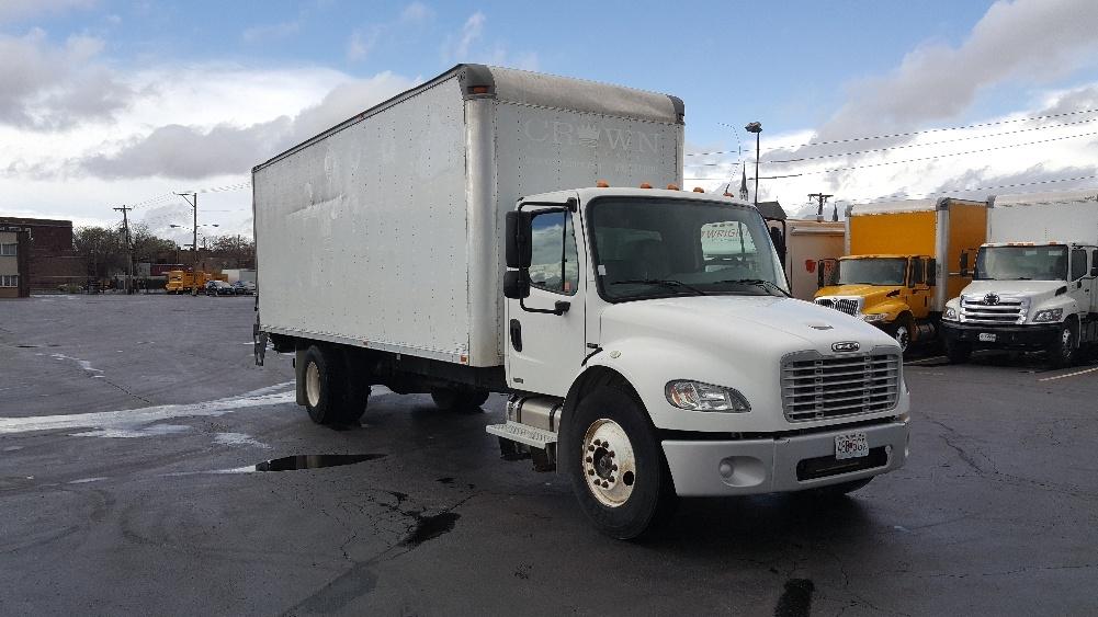 Medium Duty Box Truck-Light and Medium Duty Trucks-Freightliner-2005-M2-SAINT LOUIS-MO-242,121 miles-$12,750