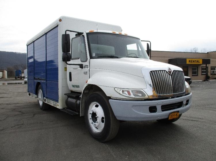 Beverage Truck-Light and Medium Duty Trucks-International-2005-4300LP-ELMIRA-NY-157,892 miles-$9,250