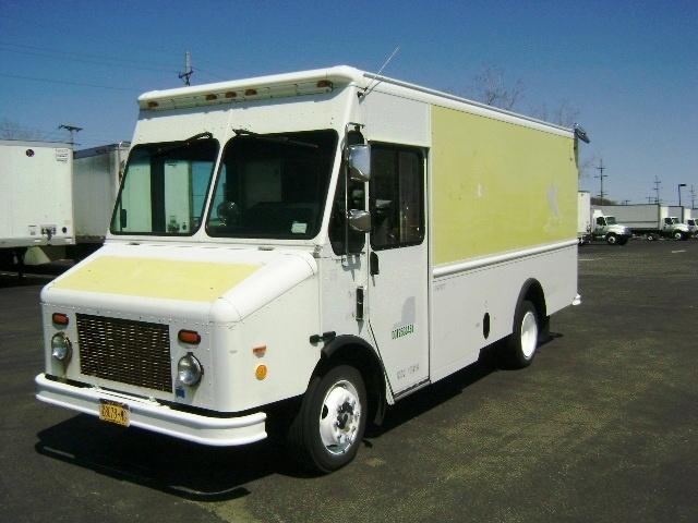 Walkin Van-Light and Medium Duty Trucks-Freightliner-2006-MT45-BUFFALO-NY-182,681 miles-$16,250