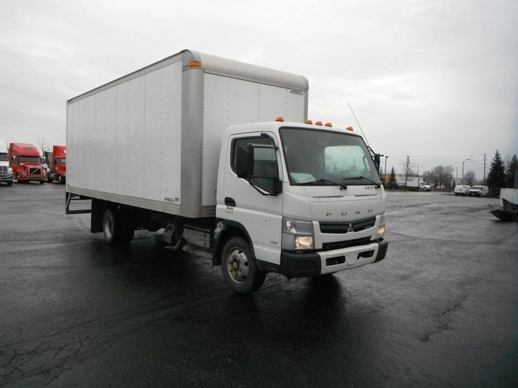 Medium Duty Box Truck-Light and Medium Duty Trucks-Mitsubishi-2012-FE180-BRAMPTON-ON-133,851 km-$26,500