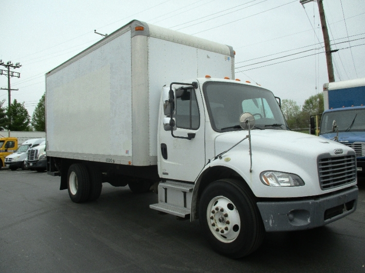 Medium Duty Box Truck-Light and Medium Duty Trucks-Freightliner-2005-M2-ESSEX-MD-129,858 miles-$7,500