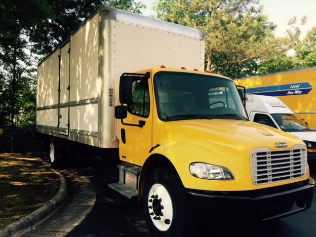 Medium Duty Box Truck-Heavy Duty Tractors-Freightliner-2006-M2-RALEIGH-NC-309,631 miles-$11,500