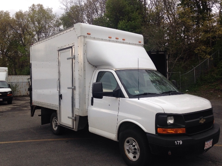 Light Duty Box Truck-Light and Medium Duty Trucks-Chevrolet-2013-G33503-LAWRENCE-MA-103,556 miles-$20,500