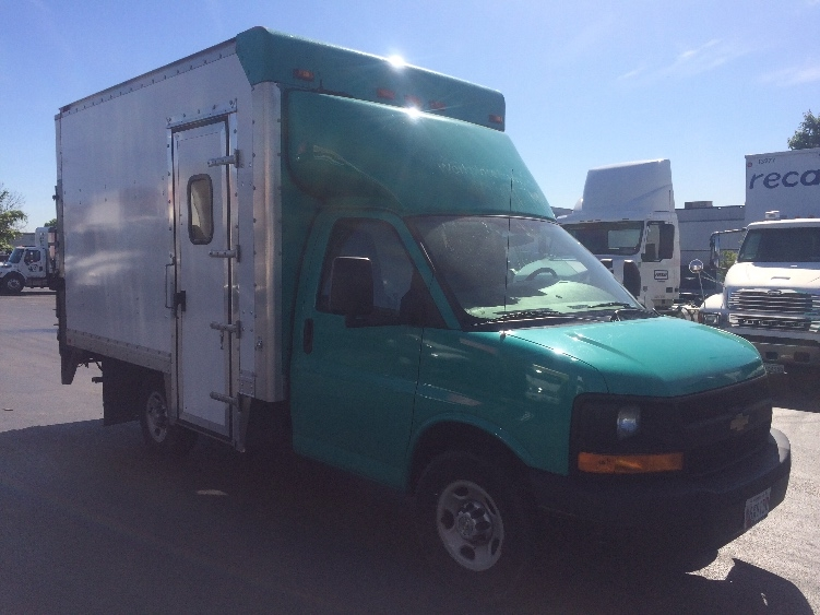 Light Duty Box Truck-Light and Medium Duty Trucks-Chevrolet-2012-G33503-JESSUP-MD-107,500 miles-$15,250
