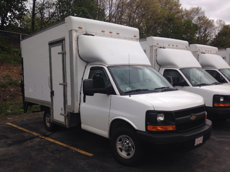 Light Duty Box Truck-Light and Medium Duty Trucks-Chevrolet-2013-G33503-LAWRENCE-MA-76,518 miles-$25,500