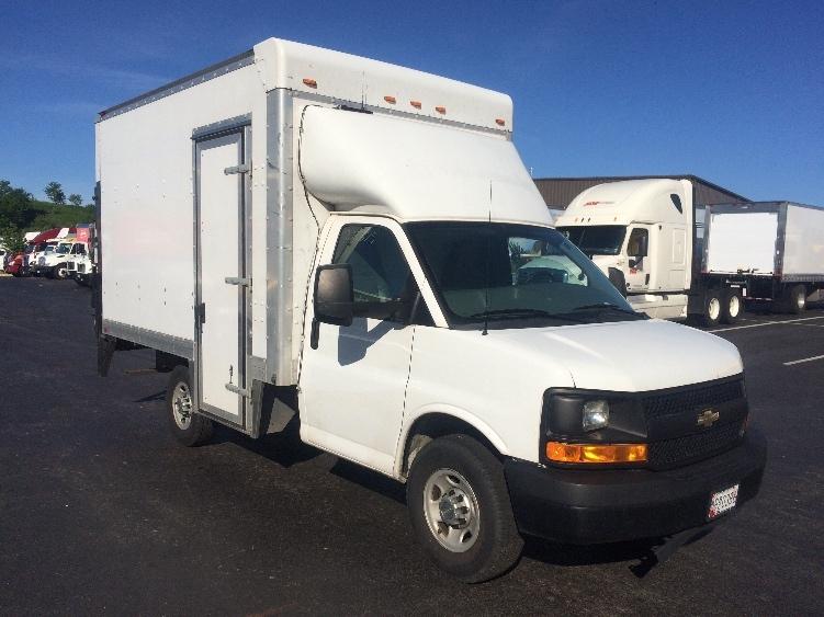 Light Duty Box Truck-Light and Medium Duty Trucks-Chevrolet-2013-G33503-JESSUP-MD-107,618 miles-$20,250