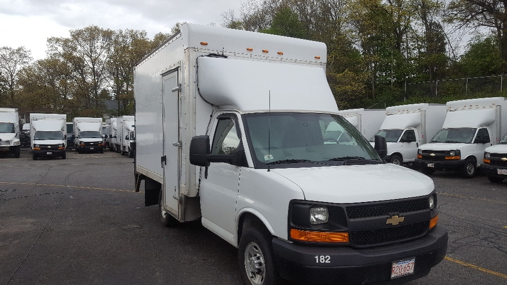 Light Duty Box Truck-Light and Medium Duty Trucks-Chevrolet-2013-G33503-LAWRENCE-MA-151,481 miles-$16,250