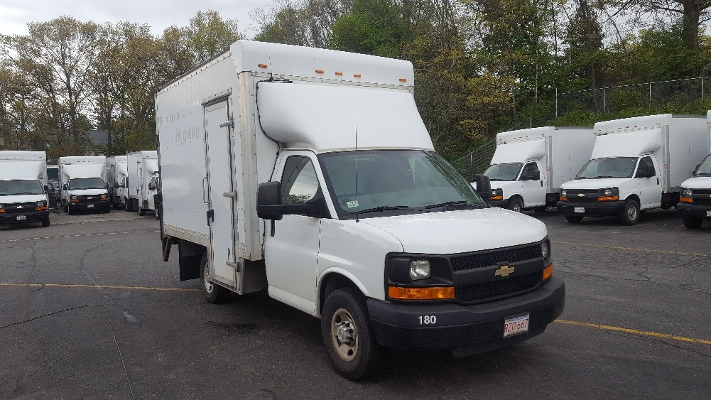 Light Duty Box Truck-TRUCK-Chevrolet-2013-G33503-LAWRENCE-MA-185,610 miles-$14,750