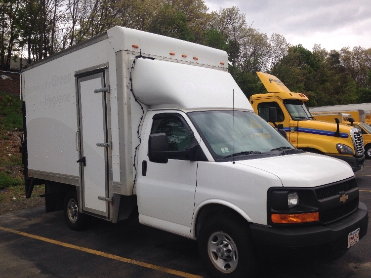 Light Duty Box Truck-TRUCK-Chevrolet-2013-G33503-LAWRENCE-MA-142,422 miles-$7,500