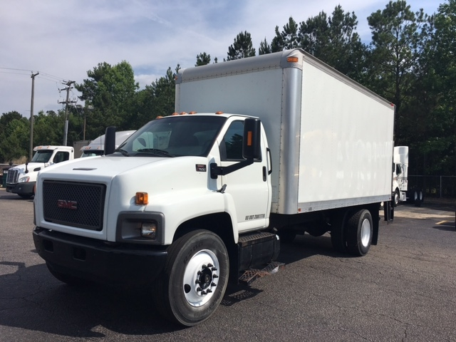 Medium Duty Box Truck-Light and Medium Duty Trucks-GMC-2007-C7C042-NEENAH-WI-190,487 miles-$11,000