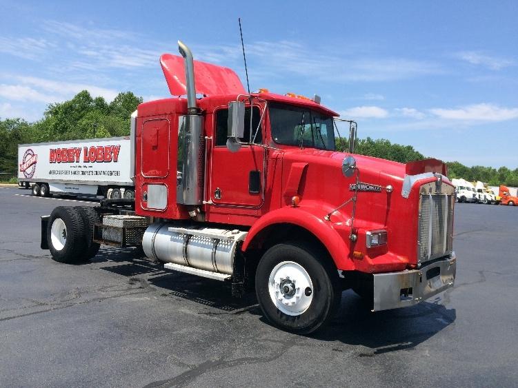 Sleeper Tractor-Heavy Duty Tractors-Kenworth-1996-T800-WINSTON SALEM-NC-635,910 miles-$10,500