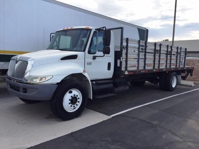 Flatbed Truck-Light and Medium Duty Trucks-International-2005-4400-TEMPE-AZ-213,235 miles-$14,250