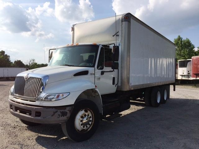 Medium Duty Box Truck-Heavy Duty Tractors-International-2005-4400-READING-PA-486,489 miles-$12,250