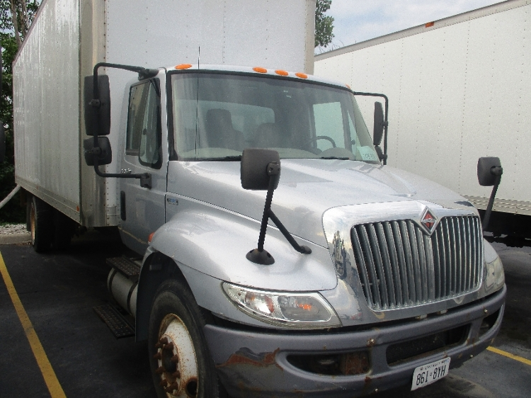 Medium Duty Box Truck-Light and Medium Duty Trucks-International-2010-4300-BRAMPTON-ON-214,802 km-$8,000