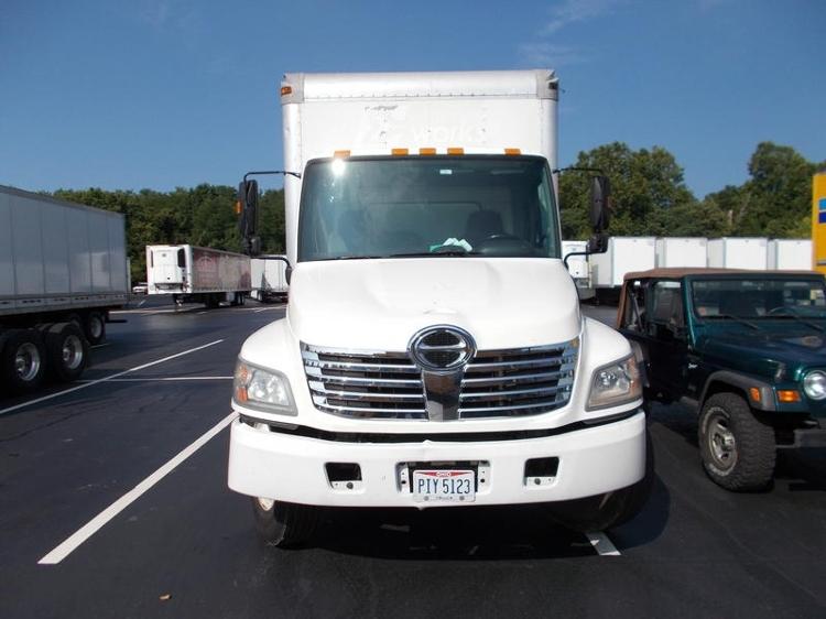 Medium Duty Box Truck-Light and Medium Duty Trucks-Hino-2007-268-LOUISVILLE-KY-185,896 miles-$26,500