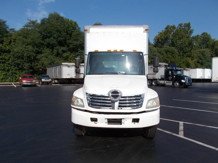 Medium Duty Box Truck-Light and Medium Duty Trucks-Hino-2010-268-LOUISVILLE-KY-369,080 miles-$20,250