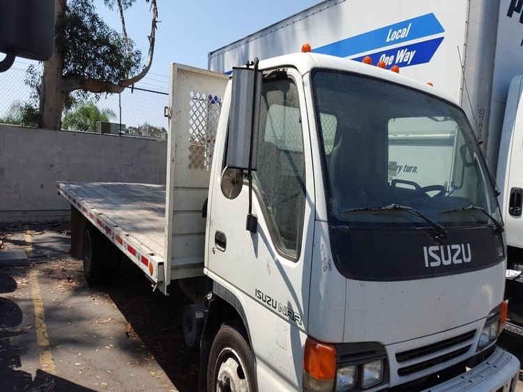 Flatbed Truck-Light and Medium Duty Trucks-Isuzu-2005-NQR-SAN DIEGO-CA-260,035 miles-$4,500