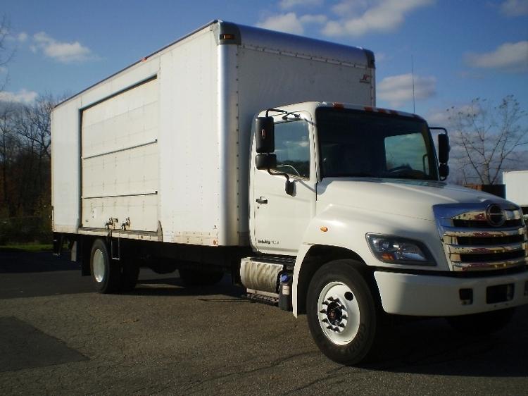 Medium Duty Box Truck-Light and Medium Duty Trucks-Hino-2014-268-EAST WINDSOR-CT-122,945 miles-$45,750