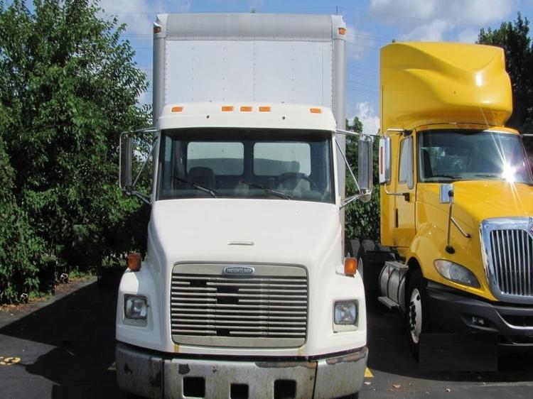 Medium Duty Box Truck-Light and Medium Duty Trucks-Freightliner-2001-FL60-PLYMOUTH-MI-150,000 miles-$5,500