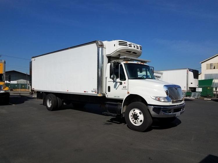 Reefer Truck-Light and Medium Duty Trucks-International-2006-4400-SEATTLE-WA-151,693 miles-$29,500