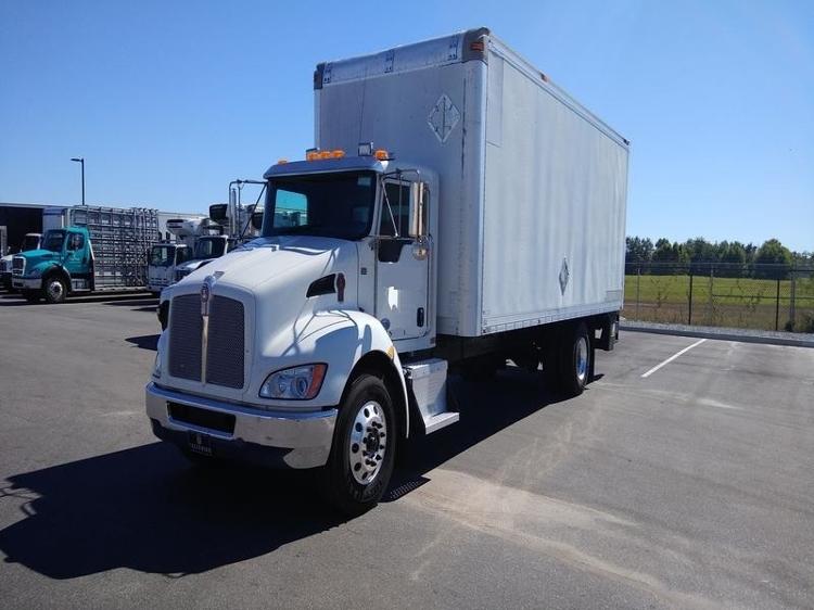 Medium Duty Box Truck-Light and Medium Duty Trucks-Kenworth-2015-T300-MOBILE-AL-181,012 miles-$46,000