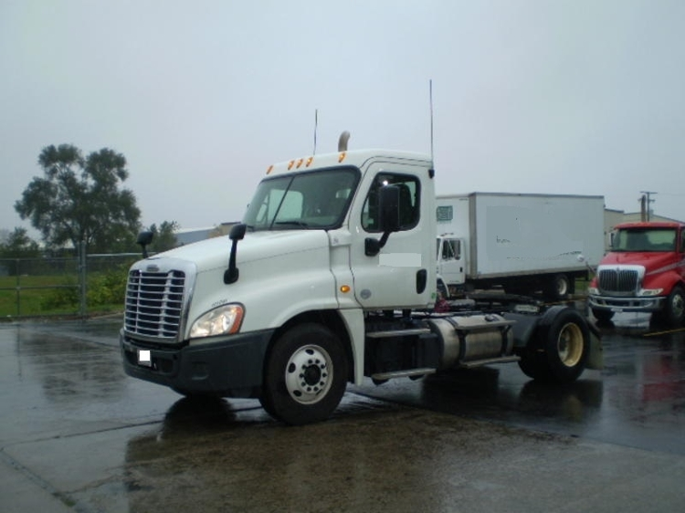 Day Cab Tractor-Heavy Duty Tractors-Freightliner-2014-Cascadia 12542ST-ELKHART-IN-69,157 miles-$66,250
