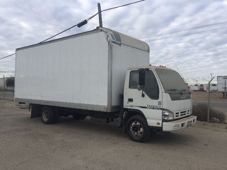 Medium Duty Box Truck-Light and Medium Duty Trucks-Isuzu-2006-NPR-FRESNO-CA-371,397 miles-$7,000