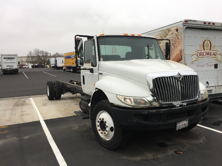 Cab and Chassis Truck-Light and Medium Duty Trucks-International-2009-4300-CERES-CA-156,850 miles-$4,000