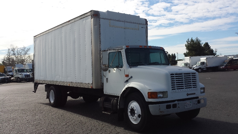 Medium Duty Box Truck-Light and Medium Duty Trucks-International-1997-4700-HAYWARD-CA-330,430 miles-$8,000