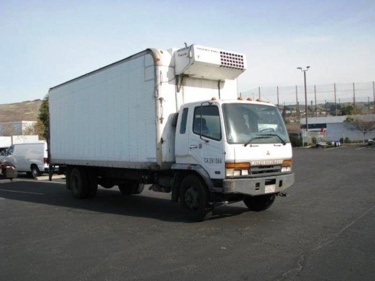 Medium Duty Box Truck-Light and Medium Duty Trucks-Mitsubishi-2001-FM617-HAYWARD-CA-500,815 miles-$8,500