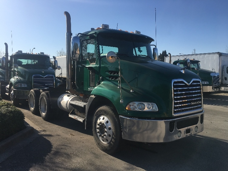 Day Cab Tractor-Heavy Duty Tractors-Mack-2010-CXU613-DELTA-BC-389,585 km-$40,250