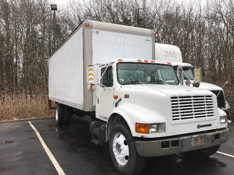 Medium Duty Box Truck-Light and Medium Duty Trucks-International-2000-4700-NEW BEDFORD-MA-112,210 miles-$6,500