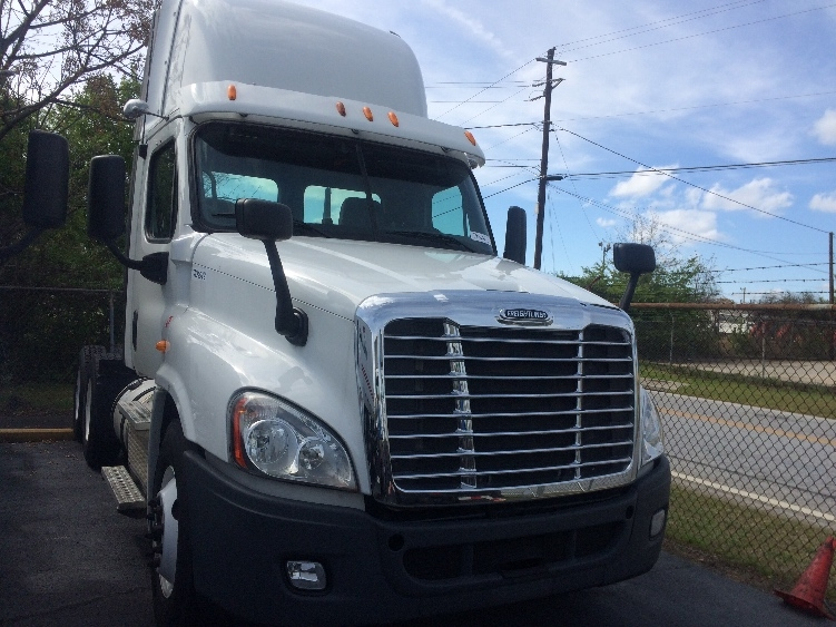 Day Cab Tractor-Heavy Duty Tractors-Freightliner-2013-Cascadia 12564ST-FOREST PARK-GA-349,001 miles-$51,500