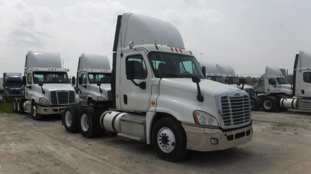 Day Cab Tractor-Heavy Duty Tractors-Freightliner-2013-Cascadia 12564ST-PHOENIX-AZ-455,488 miles-$39,250