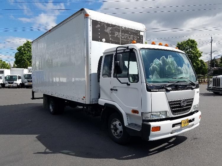 Medium Duty Box Truck-Light and Medium Duty Trucks-Nissan-2007-UD2000-PORTLAND-OR-125,070 miles-$21,250