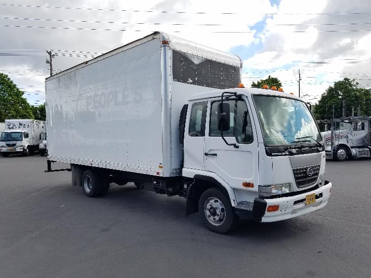 Medium Duty Box Truck-Light and Medium Duty Trucks-Nissan-2007-UD2000-PORTLAND-OR-128,442 miles-$21,250