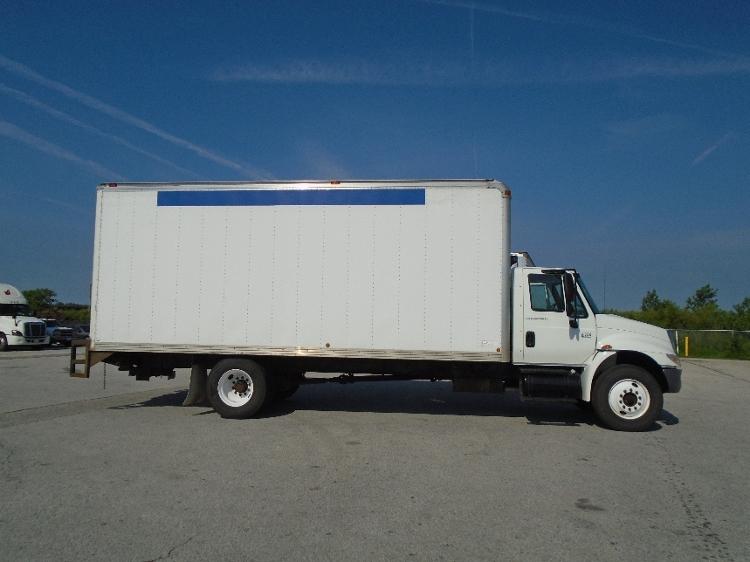 Medium Duty Box Truck-Light and Medium Duty Trucks-International-2007-4300-NORTH LIBERTY-IA-300,124 miles-$13,250