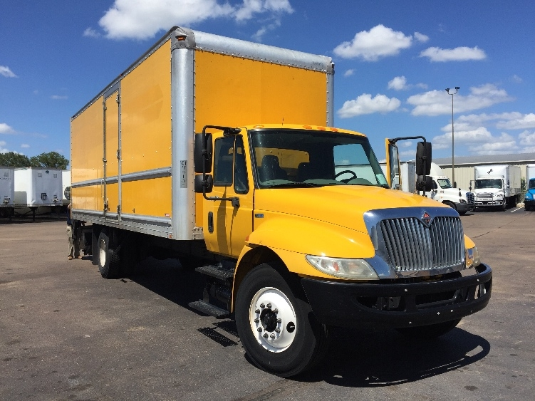 Medium Duty Box Truck-Light and Medium Duty Trucks-International-2013-4300-PELAHATCHIE-MS-156,216 miles-$28,500